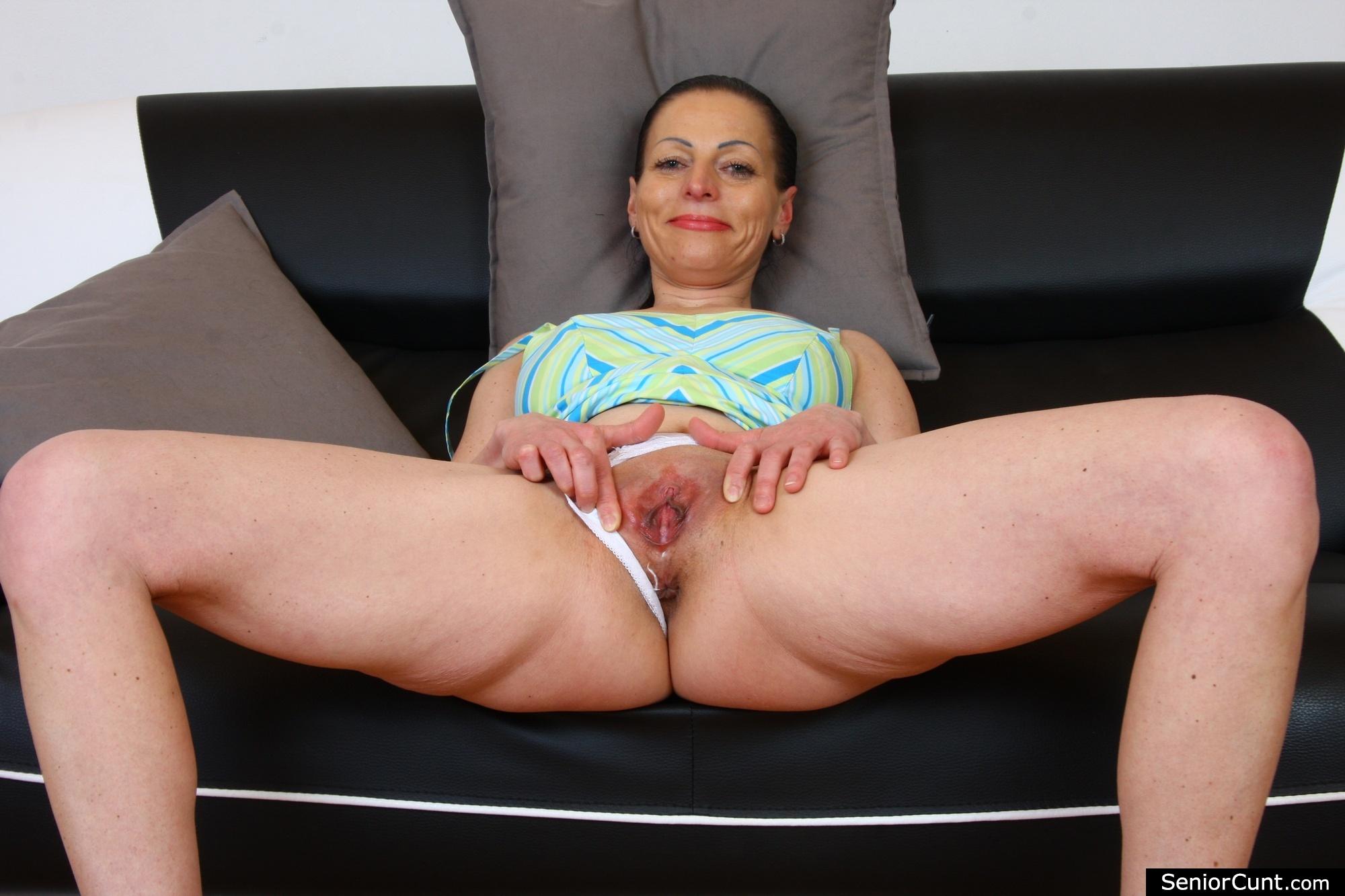Older women pussy pics